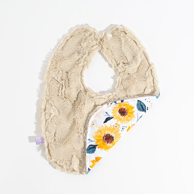 Dreamy Bib - soft sunflowers